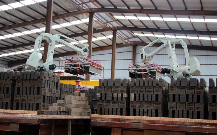 我公司承建年产18000 万块页岩烧结砖生产线正式投产